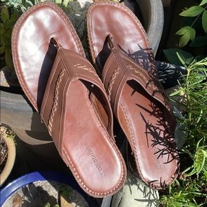 10M Clean Naturalizer sandals brown good used
